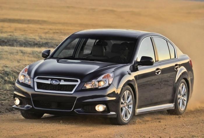Subaru Legacy 2013 година